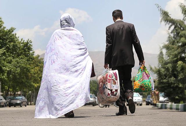 ازدواج به وقت گرانی/ ضرورت اتخاذ سیاست های حمایتی از جوانان دم بخت