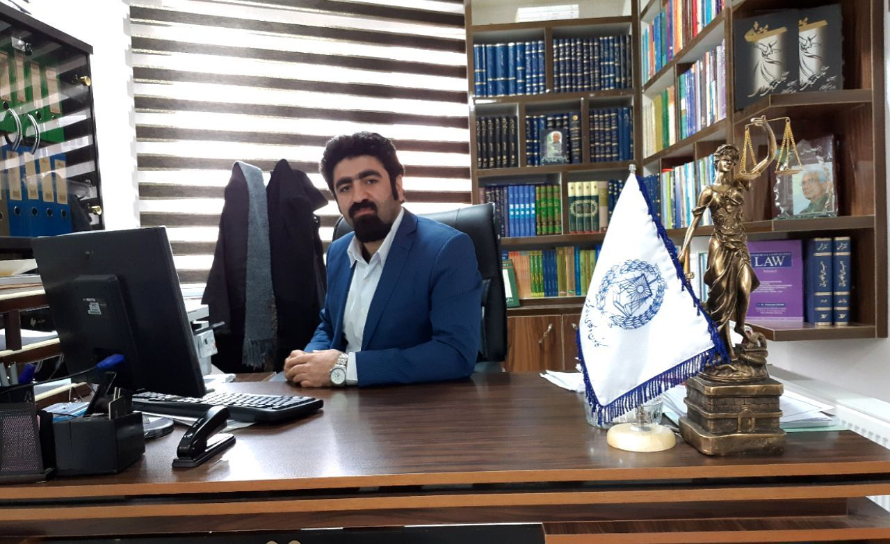 ۷ اسفند روز مدافعین حق و عدالت، روز وکیل دادگستری