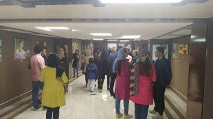 گشایش نمایشگاه گروهی نقاشی با استقبال جوانان و هنرمندان
